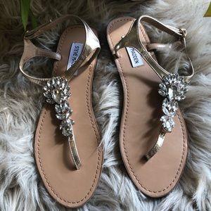 817102c177c3c Women s Steve Madden Gold Flat Sandals on Poshmark